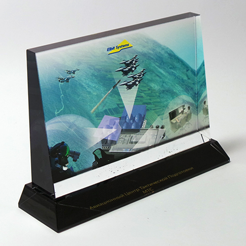 TRI-e-color-printing-on-glass-award-and-acrylic-black-base.png_product_product_product_product_product_product_product
