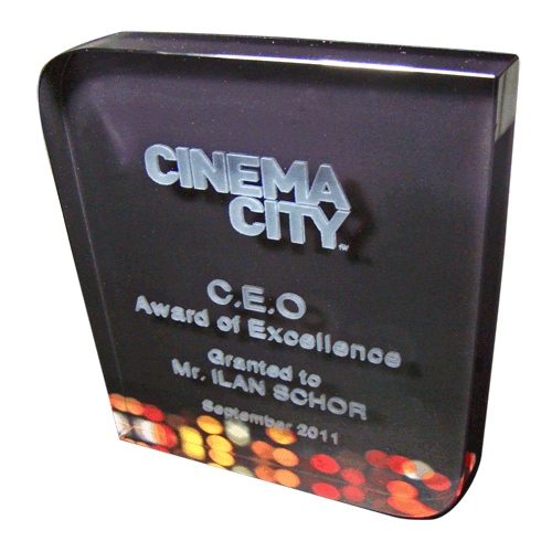 Cinema-city-Ale-glass-award-with-color-printing-and-3d-laser-engraving-2.png