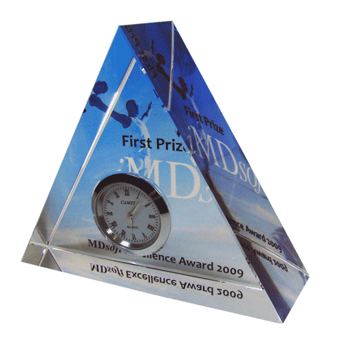 IMDSOFT-first-prize-Triangle-clock-with-color-printing-on-glass-1.png
